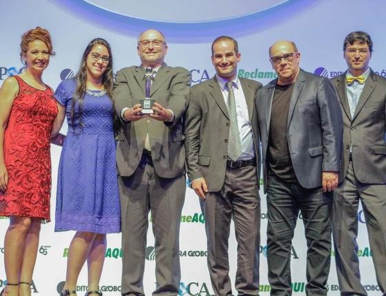 bfab994cf Representantes da Brinquedos Estrela recebem o Prêmio Época ReclameAqui  (Foto: Rogério ...