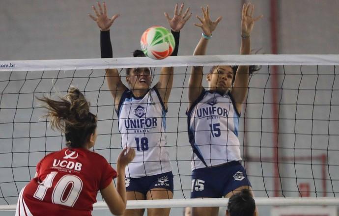 Time feminino da UCDB no JUBs em Cuiabá (Foto: Divulgação/CBDU)