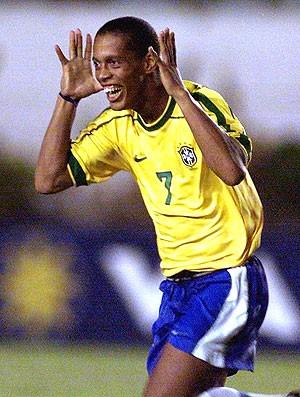 Zé Roberto lembra vice de 1999 e protagonismo de R10 cdcd73de4279e