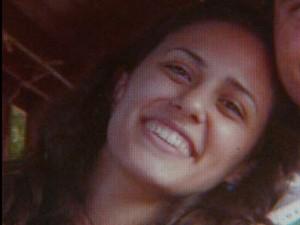 Enfermeira Aline Zavarizzi Lucatto sofreu AVC durante o trabalho e permanece em coma há quatro meses (Foto: Reprodução EPTV)