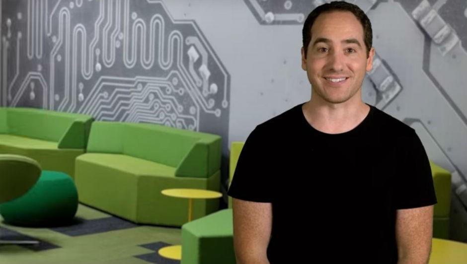 Para Josh Gordon, ferramentas de inteligência artificial já podem ser usadas em processos operacionais de startups (Foto: Reprodução Youtube)