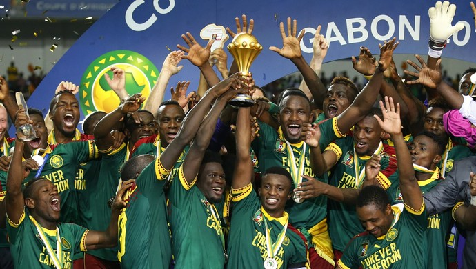 Camarões celebra título da Copa Africana de Nações (Foto: Reuters)