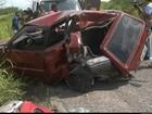 Mulher morre após batida envolvendo 4 carros na BR-101; seis estão feridos