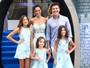 Vera Viel combina look com as filhas em aniversário e mostra o corpão