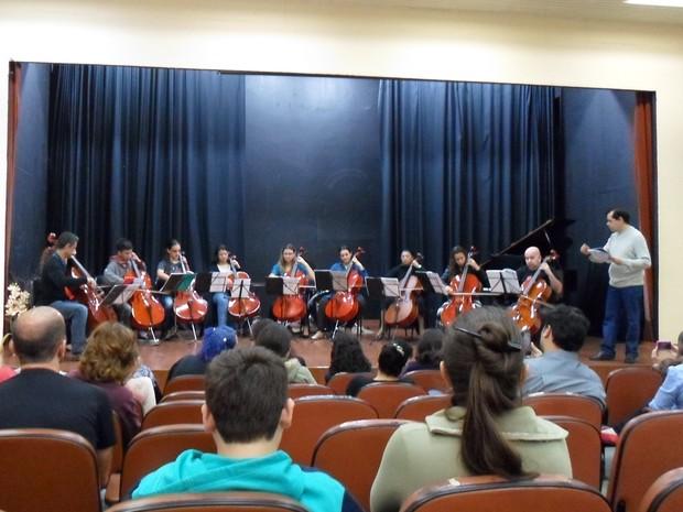 Recital de violoncelo é atração na biblioteca de Salto nesta 4ª feira  (Foto: Prefeitura de Salto/ Divulgação)