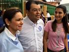 Braga vota em Manaus acompanhado da vice (Diego Toledano/G1 AM)