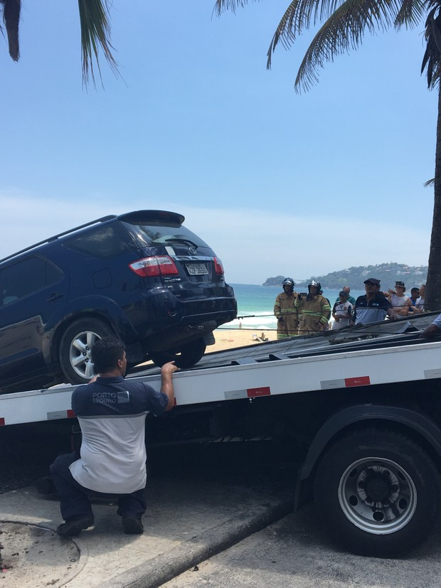 Carro de Pedro, filho de Letícia Spiller (Foto: ego)