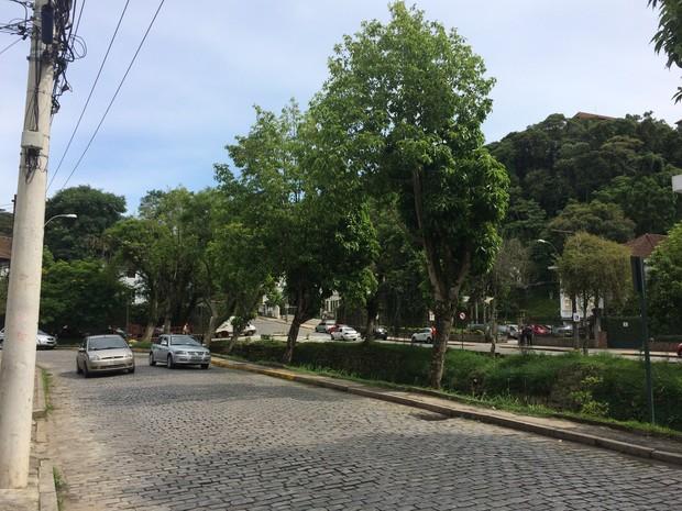 Dia amanheceu ensolarado em Petrópolis (Foto: Bruno Rodrigues/G1)