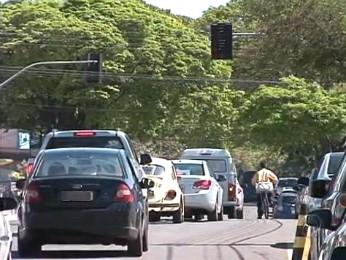 Secretaria de Trânsito vai indicar com placas os lugares onde ocorrem mais acidente em Paranavaí (Foto: Reprodução RPCTV Noroeste)