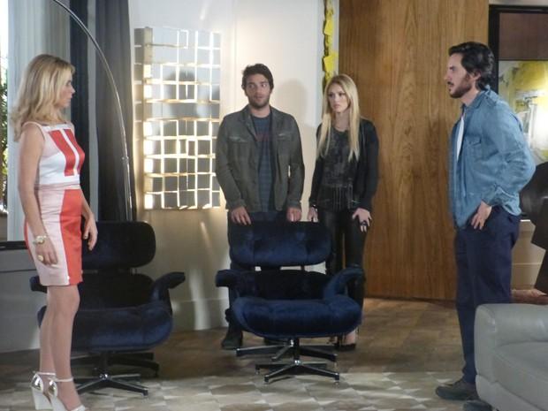 No way! Herval e Davi revelam para Pamela e Megan que a doença de Jonas era uma farsa (Foto: Geração Brasil/TV Globo)