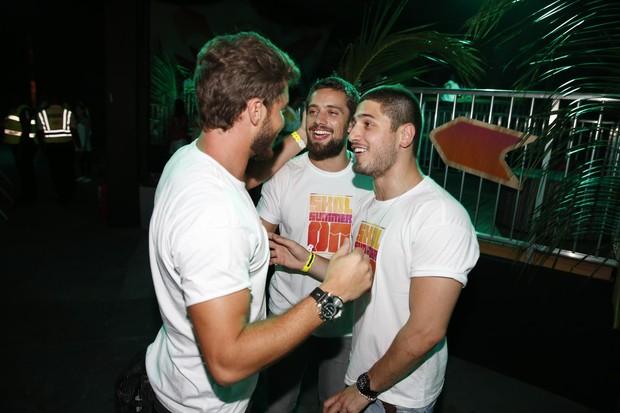 Klebber Toledo, Rafael Cardoso e Daniel Rocha em evento de música eletrônica (Foto: Felipe Panfili / AgNews)
