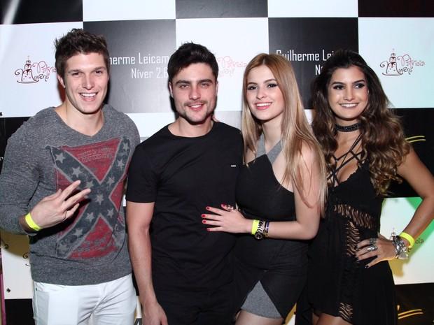 Gabriel Mandergan, Guilherme Leicam, Bruna Altiere e Marina Ferrari em festa no Rio (Foto: Anderson Borde/ Ag. News)