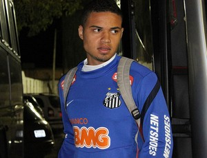 Zagueiro Walace do Santos sub-20 (Foto: Bruno Giufrida / Santos FC)