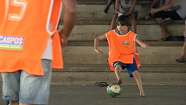 Gabriel menino sem pé (Foto: Reprodução/TV Globo)