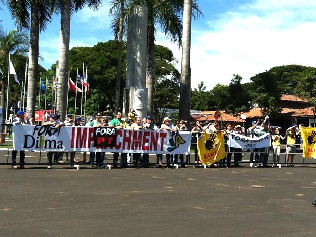 Protesto durante a ABCZ em Uberaba (Foto: Alex Rocha/G1)