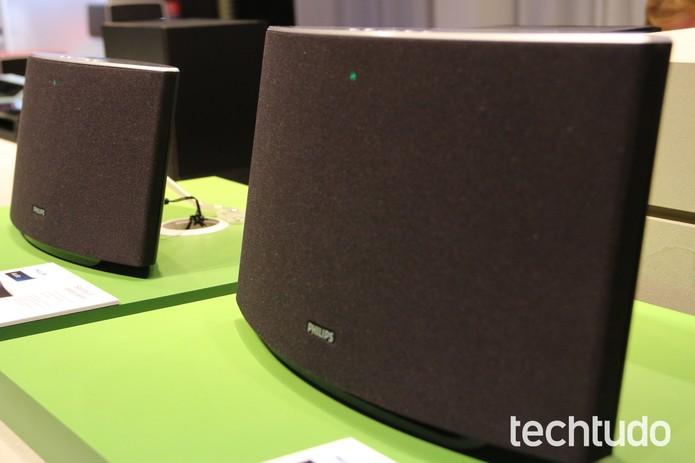 Docks com Wi-Fi da Philips prometem tocar música direto do seu celular (Foto: Fabricio Vitorino / TechTudo)