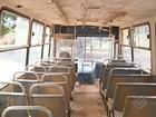 Portas de ônibus em Conceição do Araguaia no PA são fechadas com fios