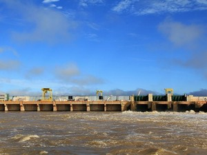 Usina Hidrelétrica Santo Antônio, no Rio Madeira (Foto: Artur Bragança/Divulgação)