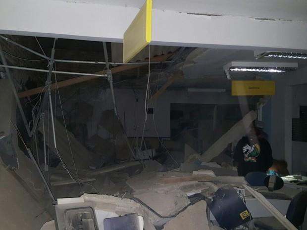 Resultado de imagem para assaltos  a bancos em pernambuco