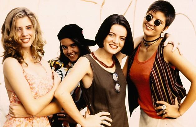 Em 1994, Daniele Valente, Maria Mariana, Deborah Secco e Georgiana Góes estrelaram 'Confissões de adolescente'  na  TV Cultura (Foto: Reprodução)