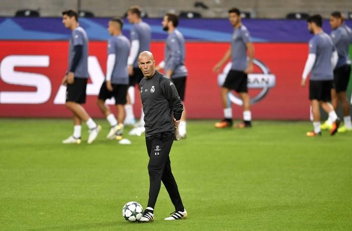 Zidane treino Real Madrid (Foto: AP)