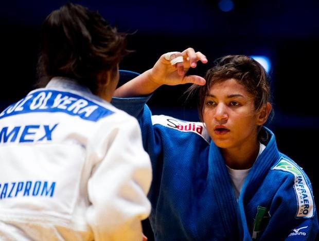 Sarah Menezes, campeã olímpica, contra mexicana (Foto: Fotocom/Divulgação)