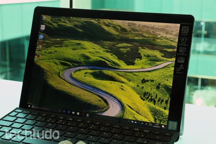 Computador Acer 9 - com marca (Foto: Carolina Ochsendorf/TechTudo      )