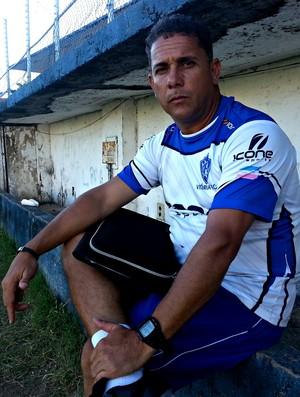 Emerson Silva, técnico do Vitória-ES (Foto: Richard Pinheiro/Globoesporte.com)