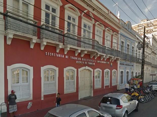 Agência do Trabalho no Recife (Foto: Reprodução/Street View)
