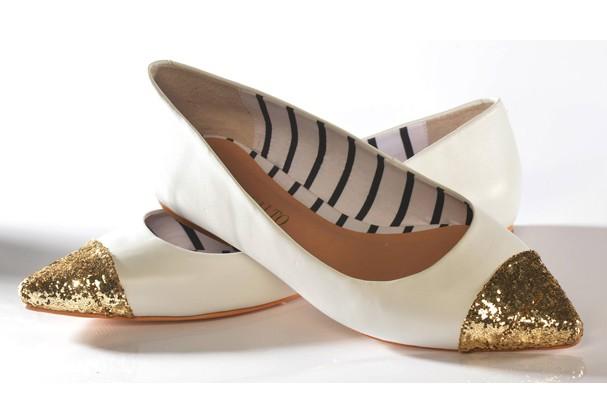 Que tal criar o sapato que você sempre sonhou (e recebê-lo na porta de casa, em qualquer numeração)?