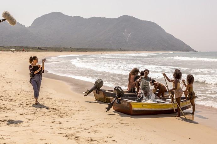 Giovanna Antonelli e as atrizes do núcleo caiçara durante a gravação (Foto: Ellen Soares/Gshow)