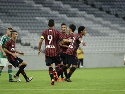 Atlético-PR sub-17 Palmeiras (Foto: Marco Oliveira/Atlético-PR)