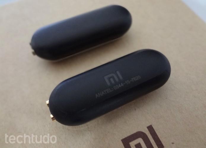 Marca da Xiaomi na parte de trás do sensor (Foto: Helito Bijora/TechTudo)