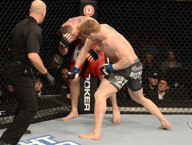 Phil De Fries e Todd Duffee, UFC 155 (Foto: Getty Images)