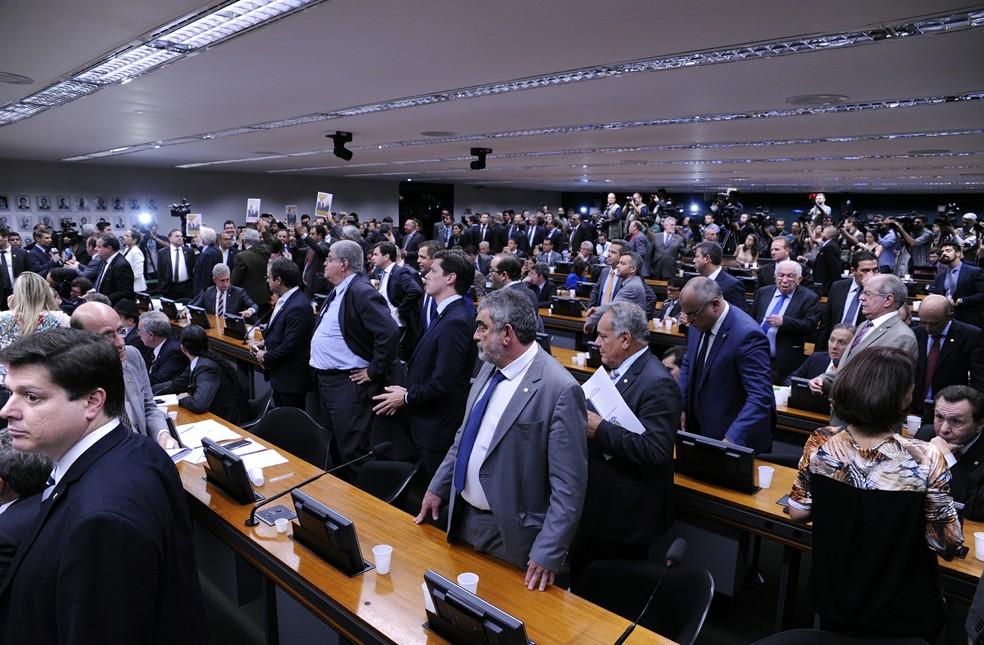 CCJ da Câmara durante discussão do relatório sobre denúncia contra Temer (Foto: Cleia Viana / Câmara dos Deputados)