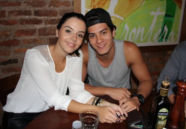 Giovanna Lancellotti e Arthur Aguiar (Foto: Rogério Fidalgo/AgNews)