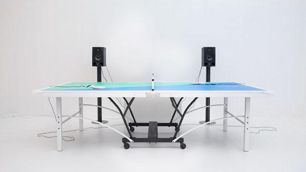 Mesa de ping pong com jukebox acelera a música conforme o jogo (Foto: Divulgação)