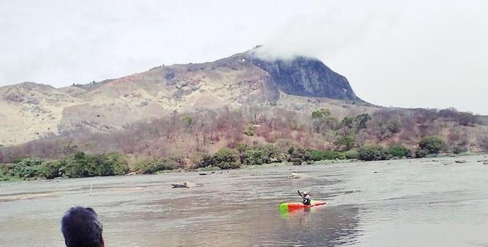 Competição aconteceu no clima chuvoso e foi um sucesso. (Foto: Federação Mineira de Canoagem - FEMIC)