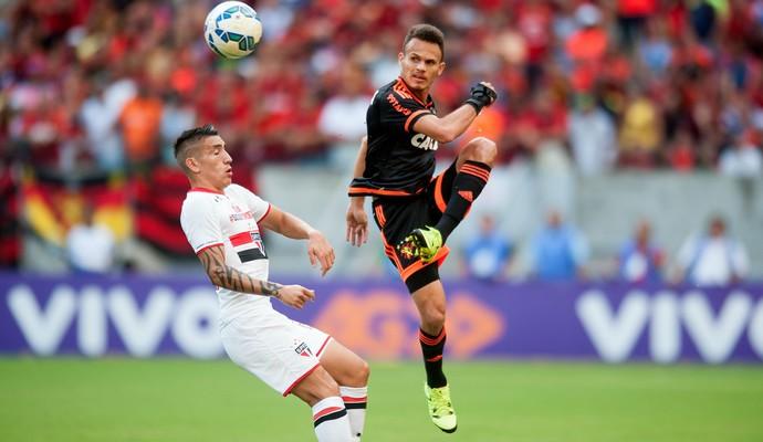 sport x são paulo (Foto: Aldo Carneiro / Pernambuco Press)