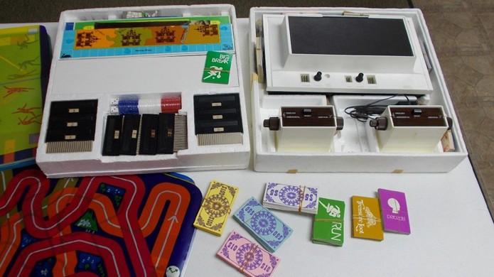 Magnavox Odyssey, o primeiro videogame da história, sendo vendido por mais de R$ 43 mil (Foto: ebay.com)