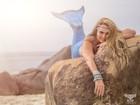 Cristina Mortágua posa como sereia para projeto de fotógrafo