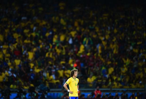 David Luiz não se conforma com vexame do Brasil (Foto: Getty Images)