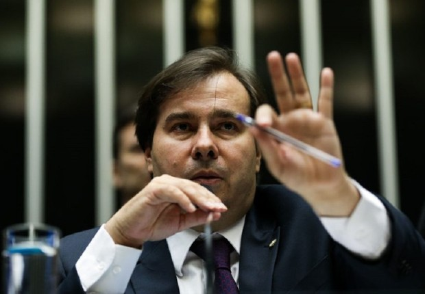 O presidente da Câmara dos Deputados, Rodrigo Maia (DEM-RJ), durante sessão da Casa (Foto: Marcelo Camargo/Agência Brasil)