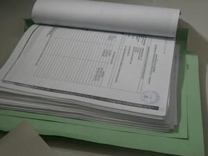 Documentos (Foto: Marina Pereira/G1)