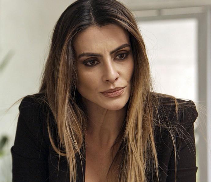 Tamara fica irada e põe fim a amizade com Adriana (Foto: TV Globo)