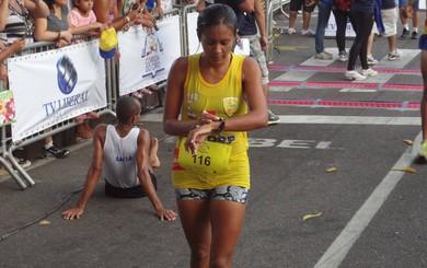Risonete garantiu o primeiro lugar na prova feminina (Foto: Gustavo Pêna/GLOBOESPORTE.COM)