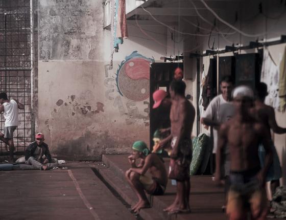 Ala exclusiva para presos indígenas na penitenciária de Dourados (MS).Recentemente,três deles se filiaram ao PCC e escolheram mudar para o espaço destinado á facção criminosa (Foto:  Adriano Machado/ÉPOCA)