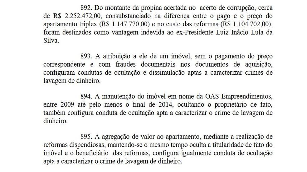 Trecho da sentença em que Moro diz que o ex-presidente Lula recebeu propina (Foto: Reprodução)
