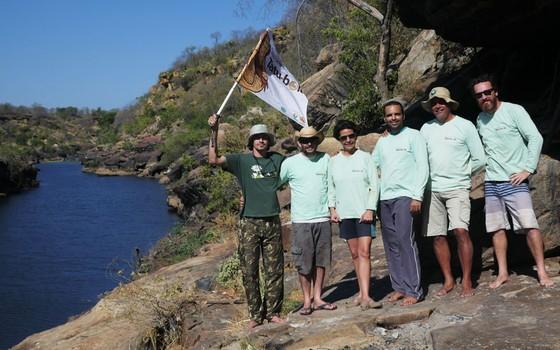 A equipe de pesquisadores que partiu em expedição pelo Cânion do Rio Poti (Foto: Devian Zutter)