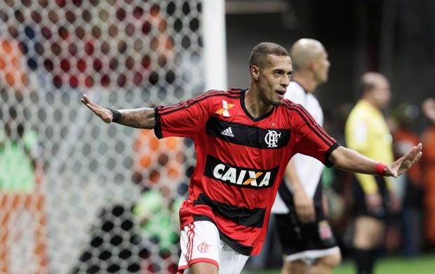 Paulinho comemora, Vasco x Flamengo (Foto: Jorge William/Agência O Globo)